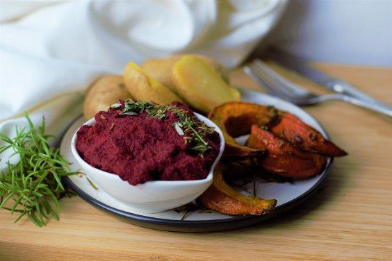 rote beete hummus mit herbstlichem gem se kitchen corner. Black Bedroom Furniture Sets. Home Design Ideas