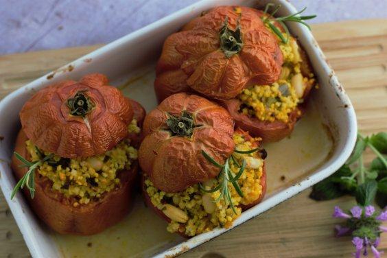 gefüllte Tomaten mit Hirse